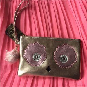 Bags - BUNDLE 💰💰💰 New Owl 🦉 Rose Gold Wristlet